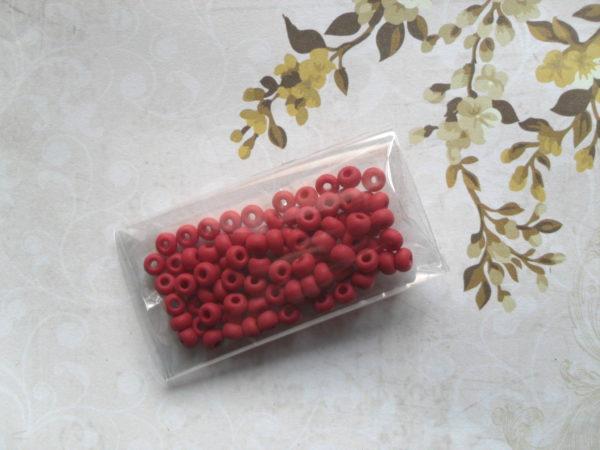 Perles grenat mat