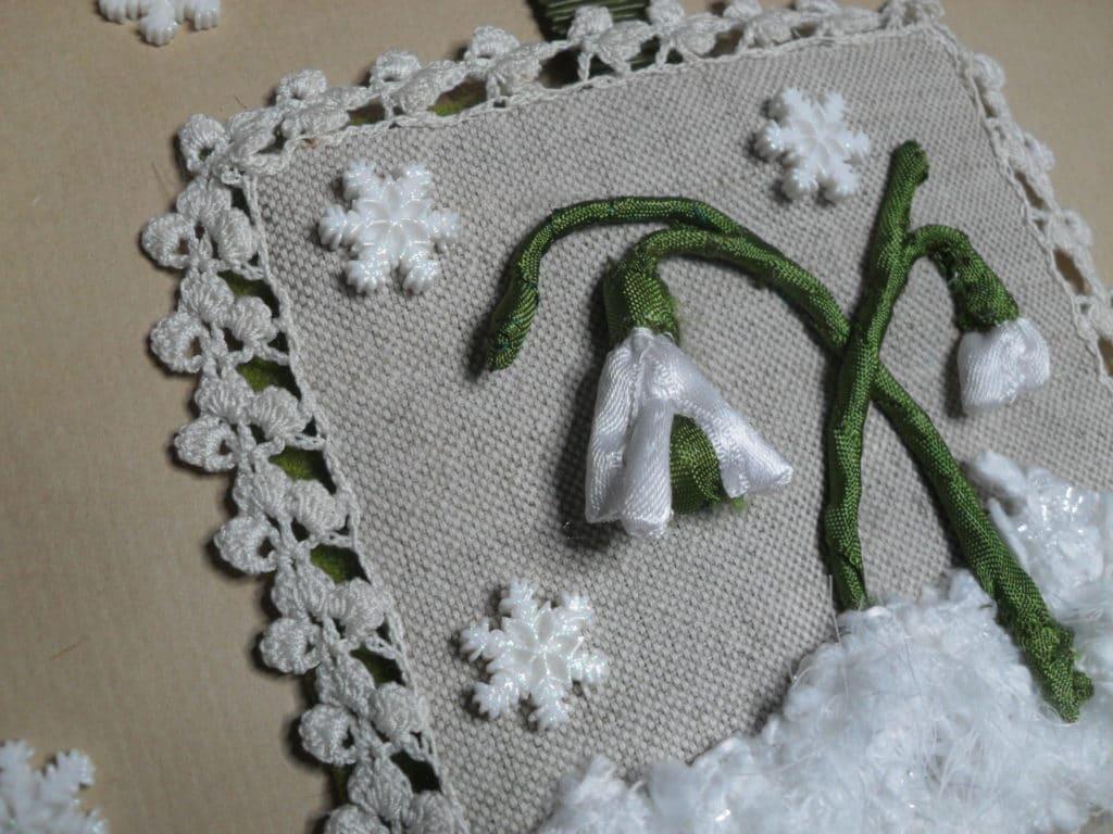 Broder un perce-neige (détail)
