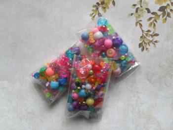Assortiment perles plastiques