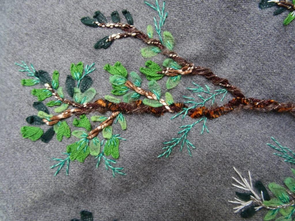 Broder une branche d'arbre