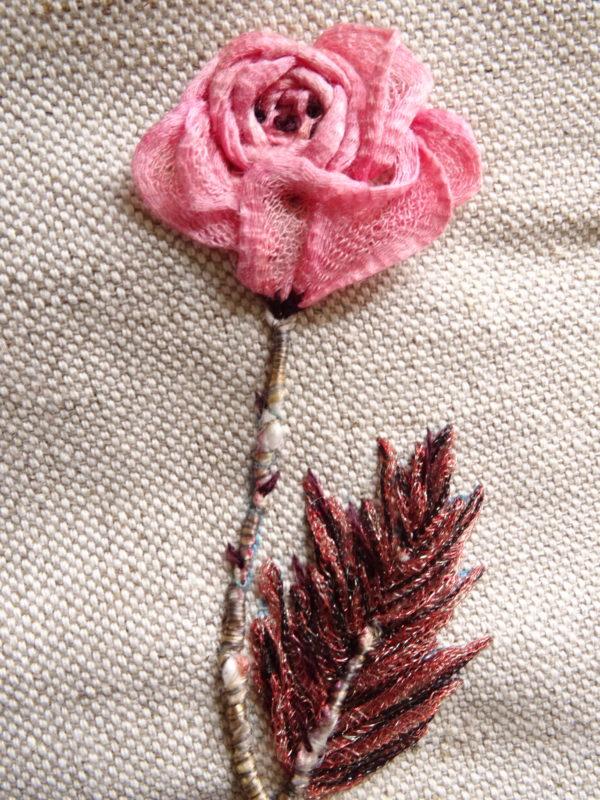 Nuance broidée #8 - Broder une rose ancienne